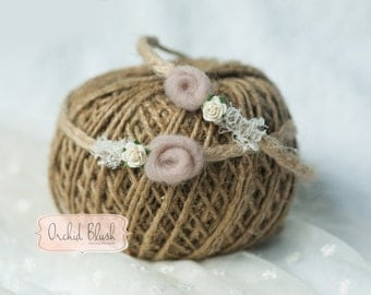 Handmade Newborn headband. Natural floral, jute. Photography prop