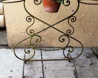 French Metal Plant stand / Vintage Garden / Florist Stand / Garden Planter / Conservatory Plant Stand / Plant Stand