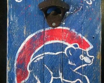 Chicago Cubs Bottle Opener w/Magnetic Cap Catcher