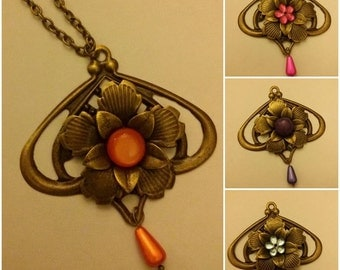 Bronze necklace with flower-shaped pendant