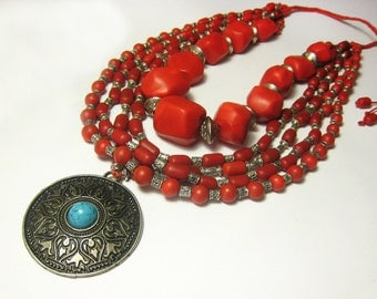 Red beaded tribal necklace, ethnic necklace, bib necklace, statement chunky necklace, Handmade, Boho Necklace, fashion necklace Three Snails