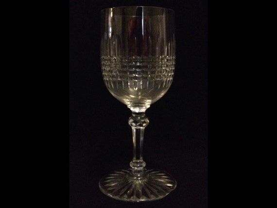 "FREE SHIPPING-Exquisite-BACCARAT-Pattern-Colmar5 1/2"" Tall-Crystal-Claret-Wine-Glass"