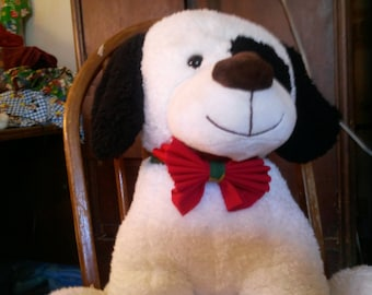 Great Christmas Bow Tie with velcro closure
