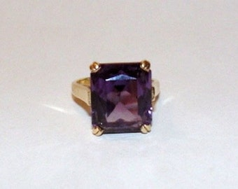 14 kt Gold Amethyst CZ Emerald Cut Cocktail Ring