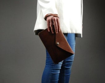 Svelte Purse - Brown