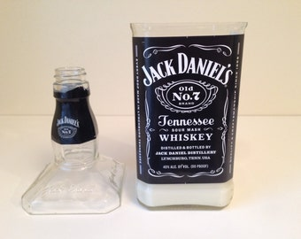 Jack Daniels Whiskey Repurposed Bottle Candle with Snuffer Lid – 1L bottle - 16oz Soy Wax  – Choose from 24 Scents