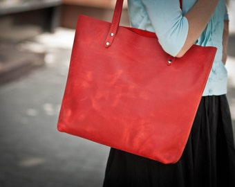 bags purses totes red leather tote blood leather tote ruby leather tote carrant tote scarlet leather tote large leather bag carmine leather