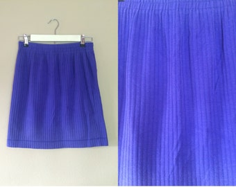 Size Med/Lg ~ Purple Skirt ~ 1990s Vintage