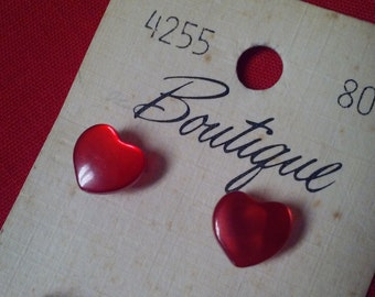 "8 RED HEART BUTTONS,Pearltone,3/8"" shank buttons,Boutique brand,Vintage"