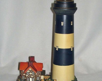 "Wood Lighthouse Measures 10"" Tall Caretakers House. New In Box"