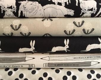 Black & White Novelties - 5 Fat Quarter Bundle - 10% discount