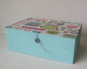 GREAT sewing - turquoise and gray box
