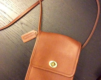 Vintage Coach Brown Leather Crossbody Mini Messenger Purse