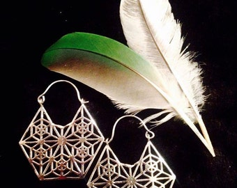 The Tribal Geometry Hoops