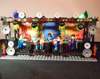 WEEN Lockn LEGO Boognish Stage Dean Ween Gene Ween Dave Dreiwitz Glenn McClelland Claude Coleman [200+ Pieces!] [NOT a shirt pin or sticker]