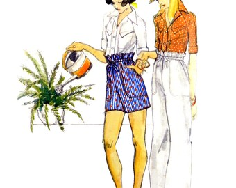 1970's Butterick 3658 Kenzo Design Semi Fitted Shirts with Raglan Sleeves, Pants & Shorts Partially Uncut Sewing Pattern Size 10 Bust 83 cm