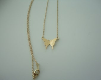 gorgeous beautiful butterfly charm necklace gold tone