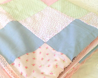 Baby girl patchwork blanket,new born gift, baby shower gift,patchwork quilt,shabby chic blanket,baby bedding,patchwork blanket,new baby gift