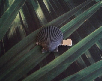 Scallop Shell Hair Clip