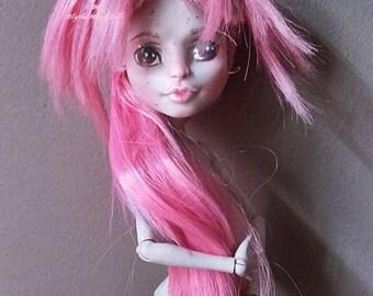 CUSTOM REPAINT doll MONSTER high rochelle goyles