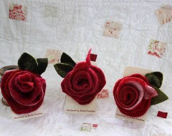 Valentine's rose brooch,Red rose felted corsage, brooch,pin,merino wool, sparkle felt,hair jewellery,wrist ornament,romantic gift