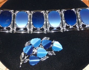 Vintage 2 Tone Blue Chunky Lucite Bracelet & Coro Brooch