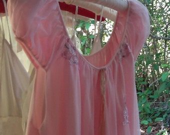 Sweet Pink babydoll nighty from the 1960s...