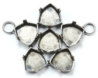 5 PCS 7mm Trilliant Flower pendant base with 2 top side loops