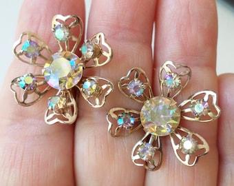 Vintage Light Gold Tone and Aurora Borealis Rhinestones Floral Earrings.