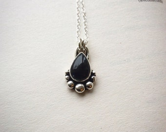 Onyx Boulder - Sterling Silver Necklace