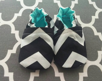 Chevron soft sole Itty Bitty baby shoes