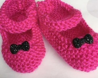 Hand Knit Baby Shoes, Knit Mary Janes, Pink Baby Shoes, Bow for Shower Gift