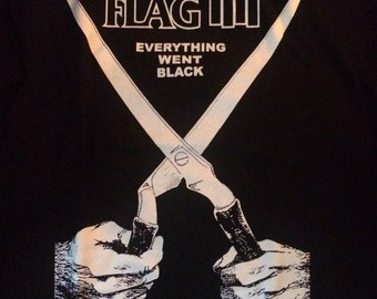 "Black flag ""everything went black"" t-shirt large"