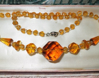 Vintage 1940s Art Deco faceted amber glass necklace