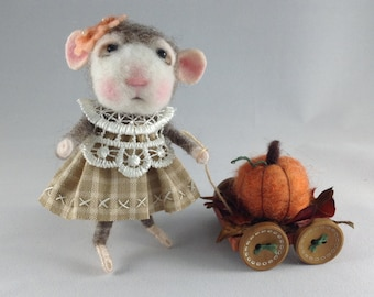 Autumn Mouse