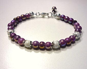 Lilac and white bracelet for this spring