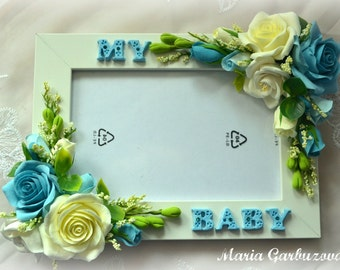 Photo frame with handmade flowers on it, can be customized, great idea for a baby shower gift or for home decoration