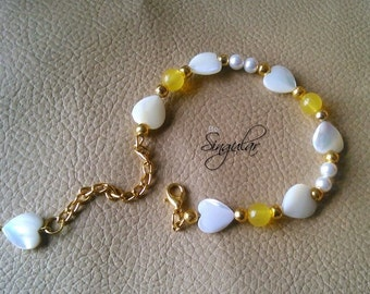 Yellow Glass and Heart Shaped Mother of Pearl Beads Bracelet