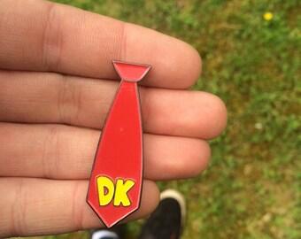 Donkey kong tie hard enamel pin badge
