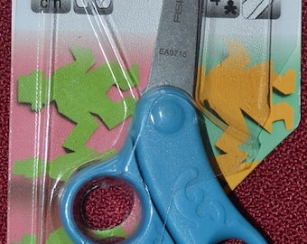 Fiskars Total Control Kids Scissors,  BLUE