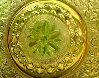 12 Inch Amber Glass Platter, 70s Daisy Pattern