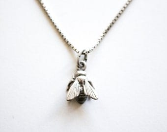Kleinen Bug Halskette, Vintage-fliegen-Halskette, zierliche Insekt Bug Anhänger Halskette Anhänger, Sterlingsilber-fly Anhänger, 925 Silber Halskette