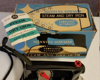 vintage steam dry iron 1963 manning bowman model 33500 mcgraw edison boonville mo - clothes automatic antique