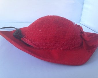 Red Holt Renfrew wool felt vintage hat