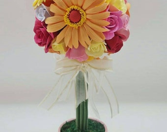 Sweet Cherish Flower Topiary with Roses and Regular Daisies