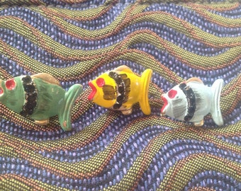 3 Vintage Fish Clutch Pins. Fish. Hand Painted.