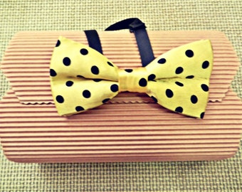 Yellow Silk bow tie with black dots