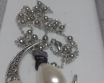 Magic Moon Necklace