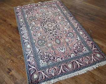 "Antique Persian Kashan Rug 3'8""x6'4"" - Hunttrugs"