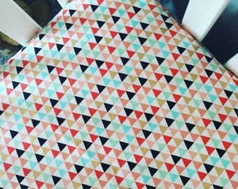 Triangles fitted crib sheet | coral, mint gold crib sheet | geometric fitted crib sheet | piper triangles | metallic gold bedding|